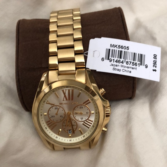 593e1bbe33c9 MK watch W  PRICE TAG BOX Great 💘gift